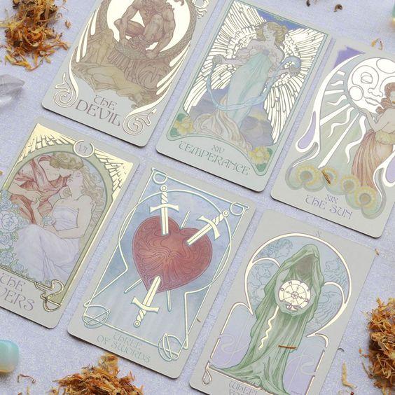 https://divinityworld.com/wp-content/uploads/2020/02/Tarot-Cards.jpg