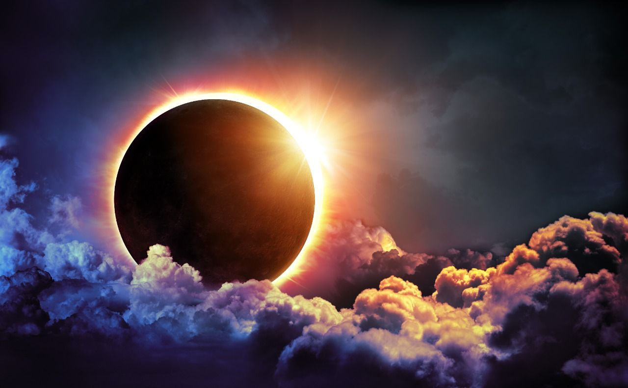 https://divinityworld.com/wp-content/uploads/2020/06/Solar_Eclipse_2020.jpg